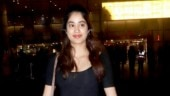 Janhvi Kapoor at airport Photo: Yogen Shah