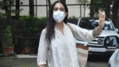 Sara Ali Khan in pretty white suit shows how to add ethnic glamour to everyday look