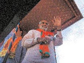 Narendra Modi transforms himself into formidable mass leader, BJP seems headed for victory