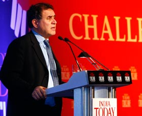 Recession to last till 2010-end: Nouriel Roubini