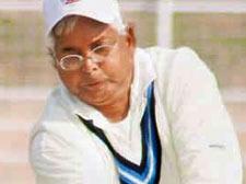 Politicos board the cricket bandwagon