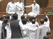 MNS heckles Abu Azmi over oath in Hindi