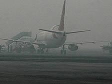 Fog blankets Delhi, flight services hit