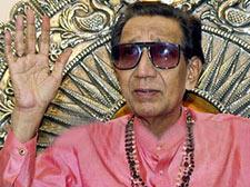 Sena chief flays Mukesh