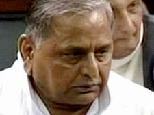 Mulayam flays women Bill