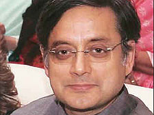 Tharoor gets threat: Mobile number traced