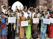 Bhopal: Cong rejects charges