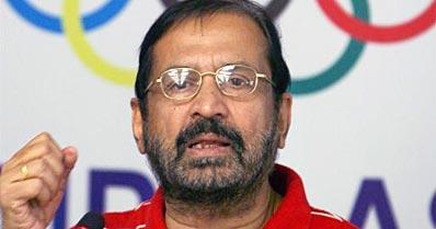 Kalmadi slams Aiyar for his CWG remark