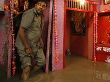 Rising Yamuna floods Delhi
