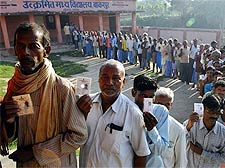 Bihar poll: 54pc voter turnout in phase 3