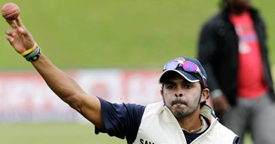 Injured Praveen out, Sreesanth in