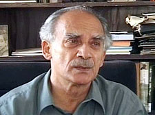 Shourie slams Sibal on VSNL probe