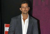 I'm dying to work with Sonakshi: Hrithik