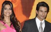 Mausam trouble over: Pankaj Kapur hosts grand premiere