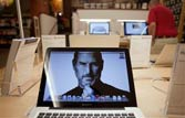 Obama remembers Steve Jobs as visionary, innovator