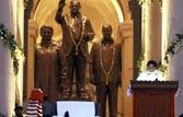 Mayawati unveils Dalit memorial, tears into Congress claims