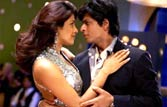Don 2 promotion: SRK, Priyanka captivate fans at Delhi mall