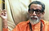 Bal Thackeray ridicules Sonia, Rahul Gandhi