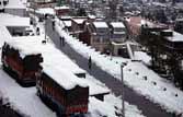 Srinagar-Jammu highway opened to one-way traffic