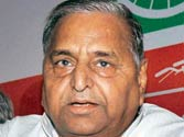Mulayam Singh Yadav cashes in on Mayawati follies during poll campaign in Uttar Pradesh