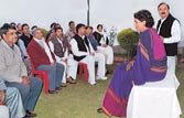 Priyanka holds talks in Amethi ahead of UP polls