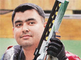 Selectors stick to book, pick 11 top guns for London Olympics