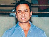 Jokesters land a punch on Saif Ali Khan