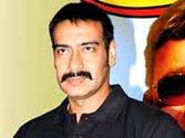 Ajay calls the shots on Son of Sardar set