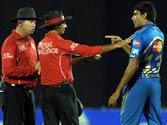 Harbhajan, Munaf lash out at umpires