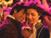 Shahid romances Priyanka in <em>Teri Meri Kahani</em>