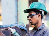 Country's industrial output shrinks by 3.5%