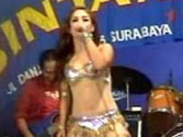 Forget Gaga; Indonesia wild for own raunchy shows