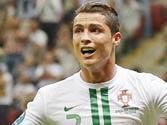 Euro 2012: Ronaldo heads Portugal into semis