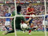 Euro 2012: Fabregas grabs 1-1 draw for Spain against Italy