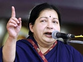 Take up fishermen issue with Sri Lanka: Jaya urges Manmohan Singh