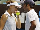 Leander Paes and Elena Vesnina reach French Open semifinals