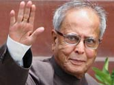 Bengal celebrates Pranab's candidature for Presidential post