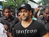 Salman Khan supports Sarabjit Singh!