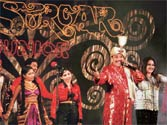 Magician P. C. Sorcar returns to the stage for cancer patients in Mumbai