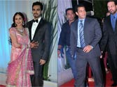 When Salman Khan walked his way to Esha Deol's wedding venue