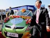 Hyundai Motor recalls cars over airbag problems in US