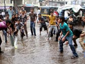 Monsoon brings respite from heat wave