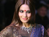 Raaz 3 star Bipasha Basu wants more Indian wear