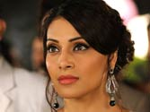 Bipasha's popularity diminishing due to the competition from the younger lot in the tinsel town. Is this the end of Bollywood's sex icon?