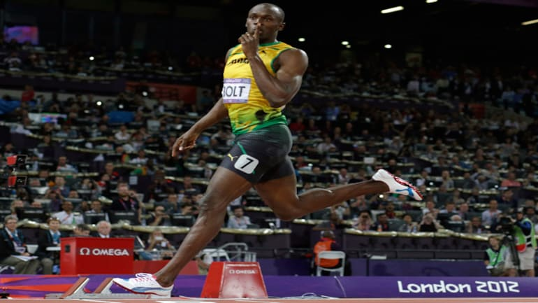 London Olympics: Usain Bolt storms to 200m glory, makes ...