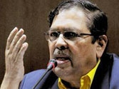 Santosh Hegde terms disbanding of Team Anna as 'unfortunate'