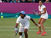 Leander Paes-Sania Mirza out of Olympics mixed doubles quarters, lose to Belarus' Azarenka-Mirnyi 7-5 7-6