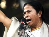 Man grills Mamata Banerjee publicly over governance, CM gets him arrested
