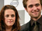 Pattinson, Stewart talking again?