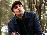 Barfi's unique YouTube app: Get Ranbir Kapoor to blow kisses at you!
